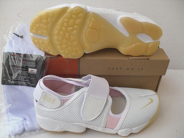 online store 3181c 95526 vrai nike tn requin,basket tn,femmes chaussures air rift ninja nike bas prix